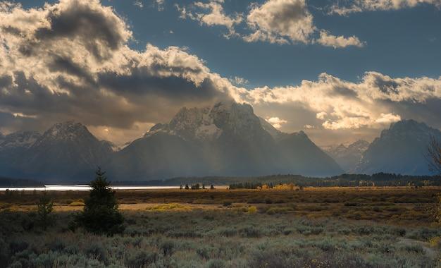 Teton Range Photo Premium