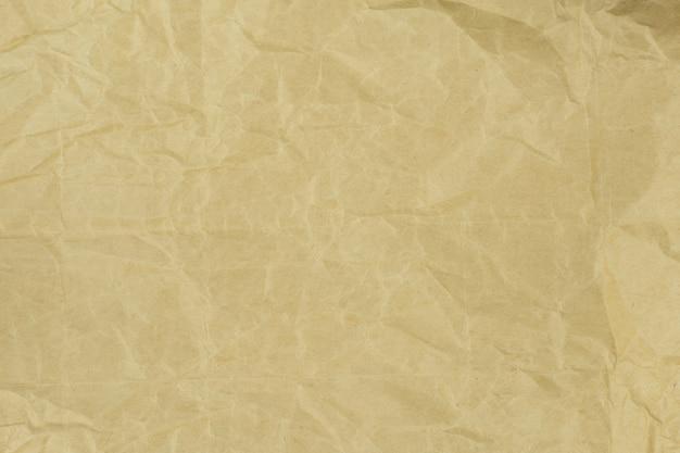 Texture De Papier Brun Clair Froissé Recyclé Ou Fond De Papier Pour La Conception Avec Espace De Copie Photo Premium