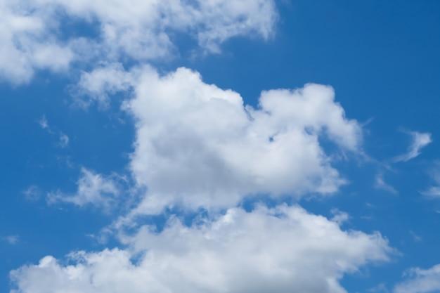 Texture vintage nuage et ciel pour le fond Photo Premium