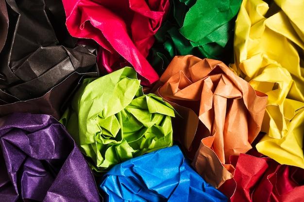 Textures de papier jaune coloré avec espace de copie Photo gratuit