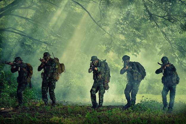 Thaïlande militaire Photo Premium