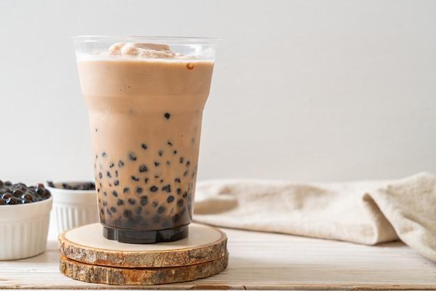 Thé Au Lait De Taiwan Avec Des Bulles Photo Premium