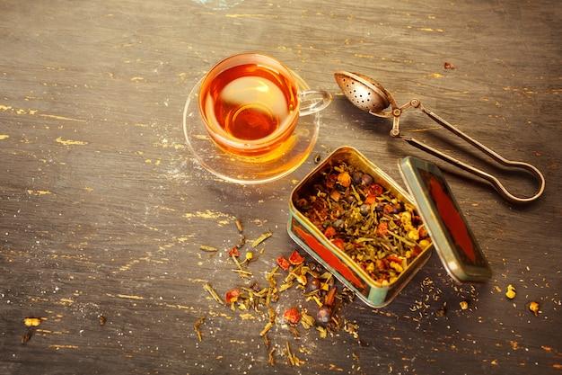 Thé fraîchement infusé Photo Premium