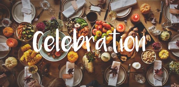 Thnaksgiving bénédiction célébrant le concept de repas reconnaissant Photo gratuit