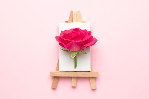 Toile à Peindre Avec Fleur Rose Sur Rose Photo Premium