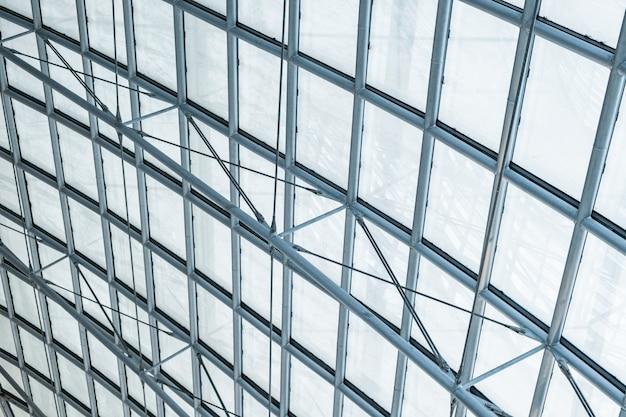 Toit incurvé en verre structurel en acier transparent Photo Premium