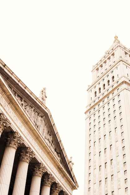 Toit vintage de bourse et de grand immeuble Photo gratuit