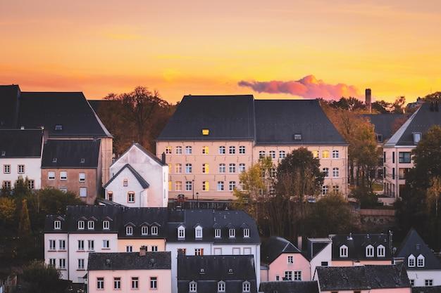 Toits Typiques De La Ville De Luxembourg Photo Premium
