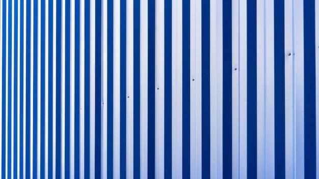 Tôle Bleue Du Bâtiment Et De La Construction Industriels Photo Premium