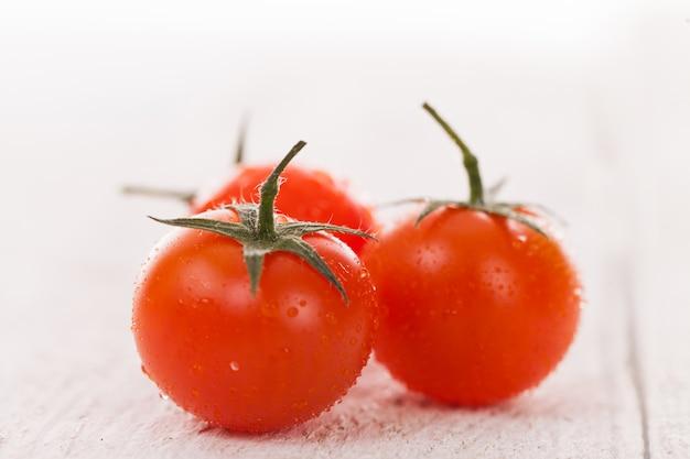 Tomates cerises Photo gratuit