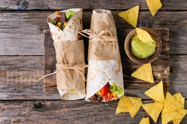 Tortillas et nachos Photo Premium