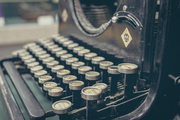 Touches de machines à écrire anciennes Photo gratuit