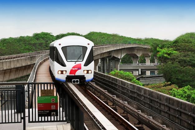 Train monorail Photo Premium