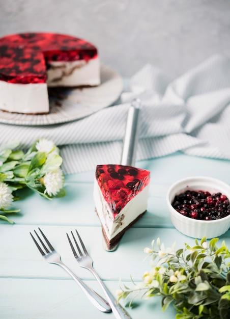 Tranche De Gâteau De Gelée à Angle élevé Photo gratuit