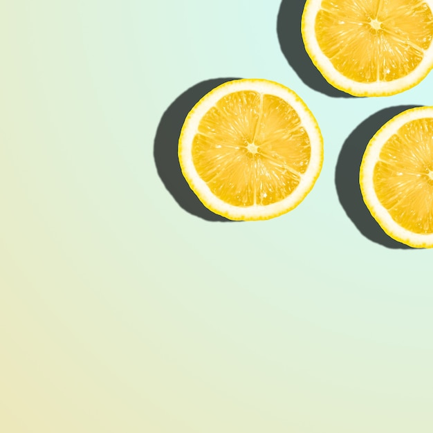 Tranches De Citron Sur Dégradé Pastel, Agrumes Tropicaux Avec Espace De Copie Photo Premium