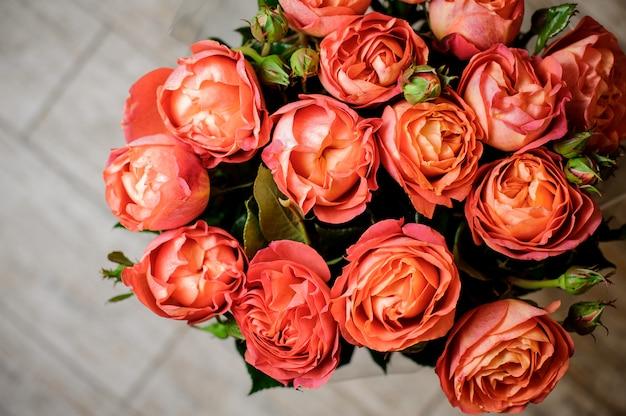 Très beau et élégant bouquet de fleurs douces Photo Premium