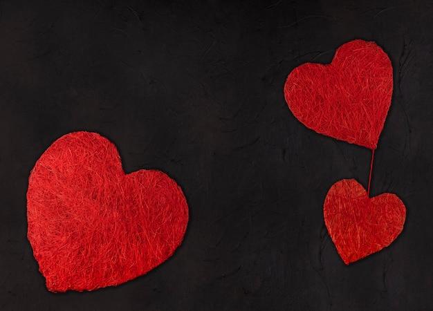 Trois Coeurs De Taille Différente. Concept De La Saint-valentin Photo Premium