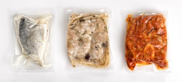 Trois Différents Repas Sains Frais Emballés Sous Vide Photo Premium
