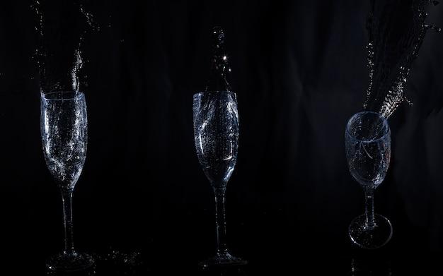 Trois Verres De Cristal Avec De L'eau Photo gratuit