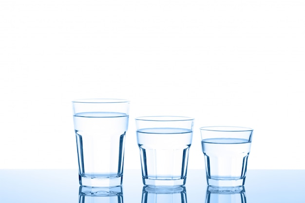 Trois verres d'eau Photo Premium