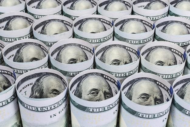 Twisted Cent Billets En Dollars Américains Close Up Photo Premium