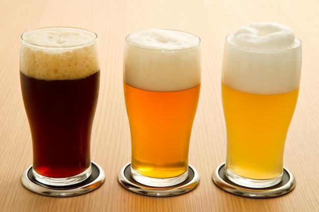 Type de bière différent Photo Premium