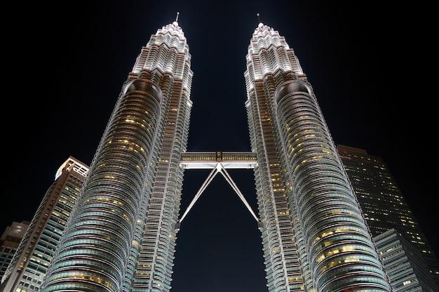 Urbaine élevée klcc ciel malaisie Photo gratuit