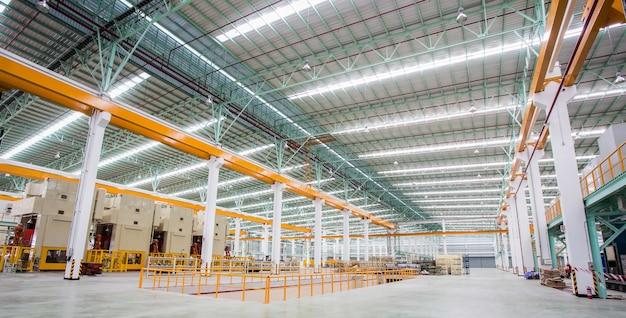 Usine de production d'acier Photo Premium