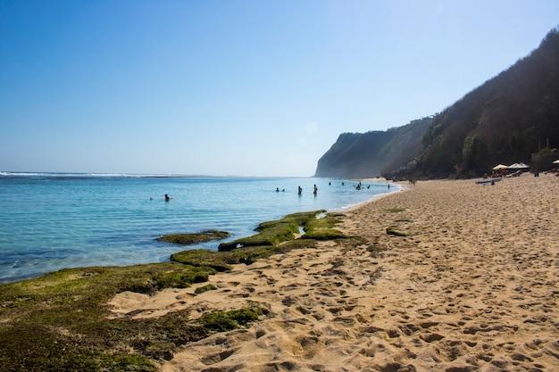 Vacances D'été Vue Sur La Plage Photo Premium
