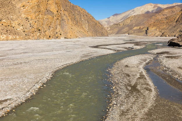 La vallée de la rivière kali gandaki, le lower mustang Photo Premium