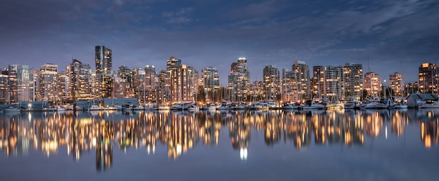 Vancouver, ville, horizon, colombie britannique, canada Photo Premium