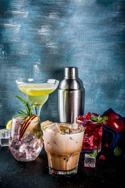 Variété de cocktails automne-hiver Photo Premium