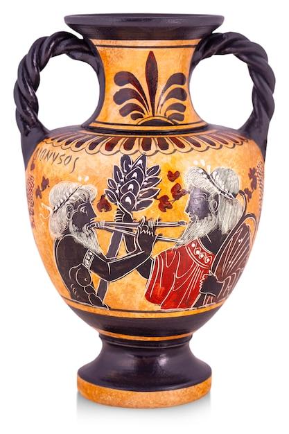 Le vase en céramique de grèce isolé sur blanc. Photo Premium