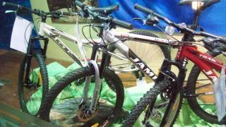 Vélos de détail, de transport Photo gratuit