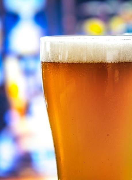 Un verre de bière macro photographie macro Photo gratuit