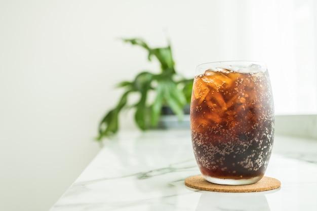 Verre De Cola Glacé Photo gratuit