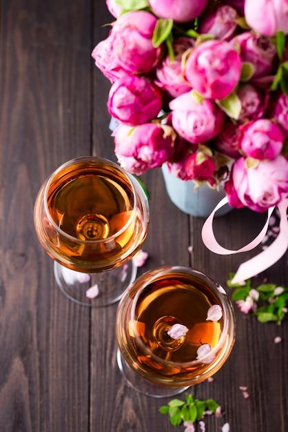 Verres à bouquet et à vin Photo Premium