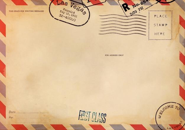 Verso d'une carte postale vierge avec une tache sale Photo Premium