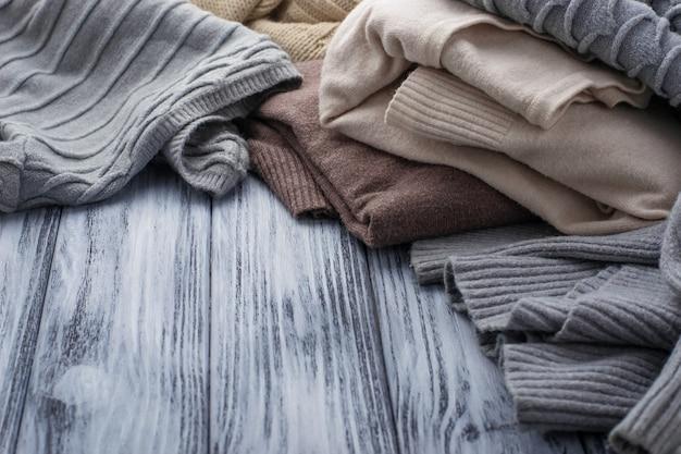 Vêtements de pastel chauds Photo Premium