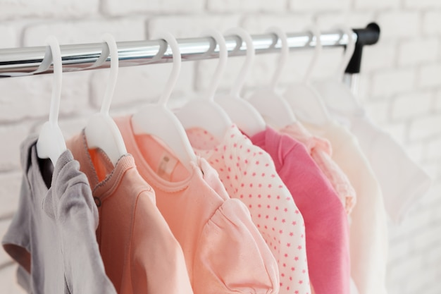 Vêtements pour enfants Photo Premium