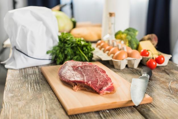 Viande et légumes Photo gratuit