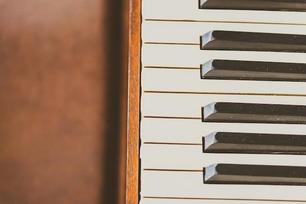 Vieilles touches de piano vintage Photo gratuit
