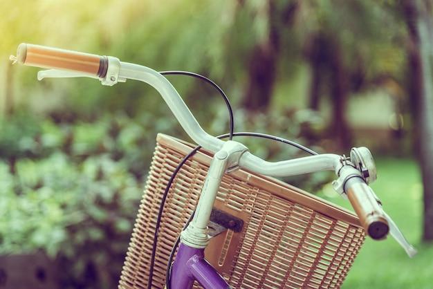 Vieux vélo vintage Photo gratuit