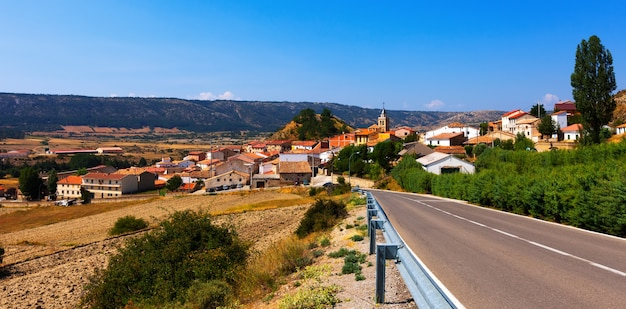 Village En été. Frias De Albarracin Photo gratuit