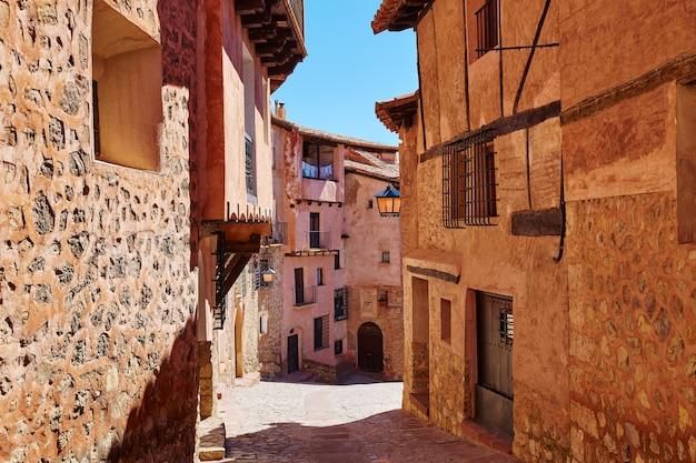 Ville médiévale d'albarracin à teruel en espagne Photo Premium