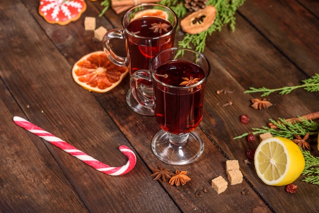 Vin Chaud De Noël à La Cannelle Photo Premium