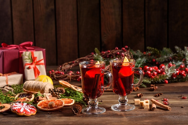 Vin Chaud De Noël à La Cannelle Photo Premium