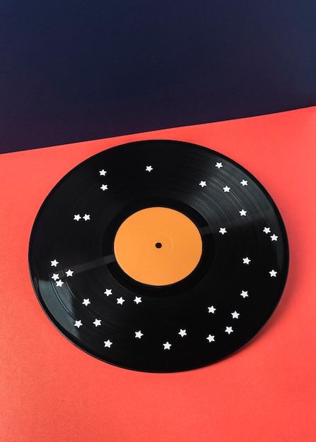 Vinyle Noir Avec Arrangement D'étoiles Blanches Photo Premium