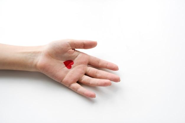 Vue aérienne, de, coeur, dessin main sur, blanc, fond Photo gratuit