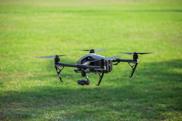 Vue aérienne avec des drones Photo Premium